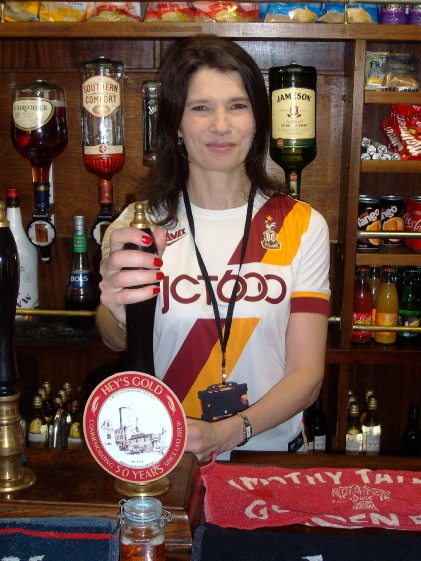 Kathryn Hey behind the bar in the Buffet Car on the Keighley & Worth Valley Railway, September 2016.